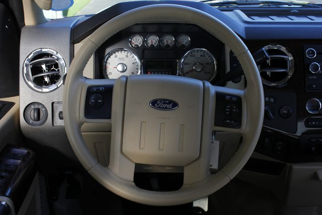 2009 Ford Super Duty F-350 DRW LARIAT PLUS Crew Cab Long Bed 4x4 OFF ROAD Mooresville , NC 5