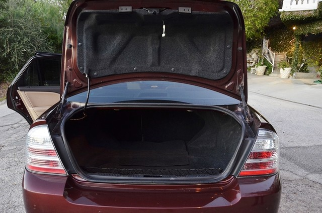 2009 Ford Taurus Limited Burbank, CA 15