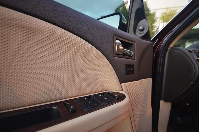 2009 Ford Taurus Limited Burbank, CA 16