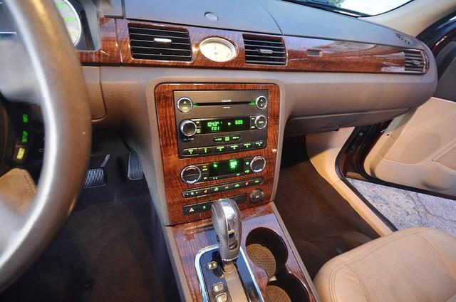 2009 Ford Taurus Limited Burbank, CA 23