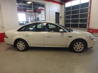 2009 Ford Taurus, Reliable, perfect winter transportation ,pristine interior! Saint Louis Park, MN 1