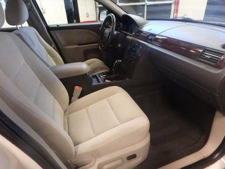 2009 Ford Taurus, Reliable, perfect winter transportation ,pristine interior! Saint Louis Park, MN 11