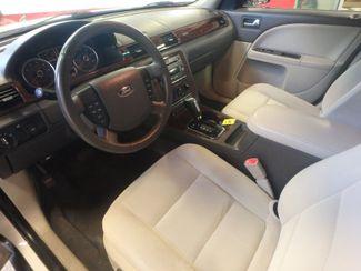 2009 Ford Taurus, Reliable, perfect winter transportation ,pristine interior! Saint Louis Park, MN 4