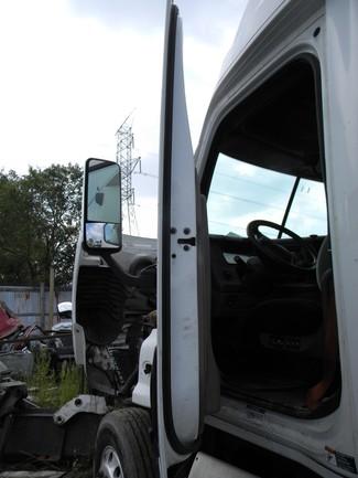 2009 Freightliner Cascadia Ravenna, MI 14