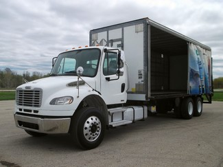 2009 Freightliner M2 24' Cargo Truck, Sliding Curtains, Lift, Auto ., .