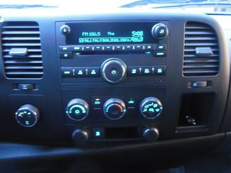 2009 GMC Sierra 1500 SLE Clinton, Iowa 8