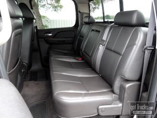 2009 GMC Sierra 2500HD Crew Cab SLT 6.6L Duramax Diesel 4X4 in San Antonio, Texas