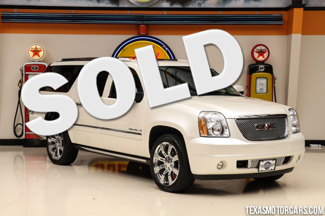 2009 GMC Yukon XL Denali This Carfax 1-Owner 2009 GMC Yukon XL Denali is in great shape with only 9