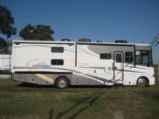 2009 Gulf Stream For Rent or For Sale 35' Independence Bunk House, Slide outs Katy, Texas 3
