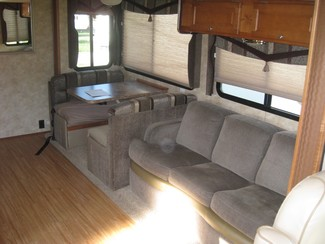 2009 Gulf Stream For Rent or For Sale 35' Independence Bunk House, Slide outs Katy, Texas 5