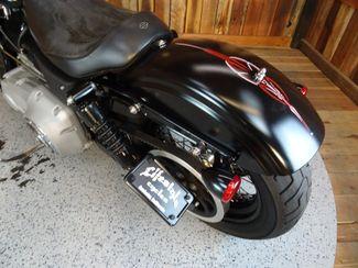 2009 Harley-Davidson Dyna® Street Bob FXDB Anaheim, California 24