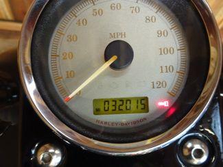 2009 Harley-Davidson Dyna® Street Bob FXDB Anaheim, California 26