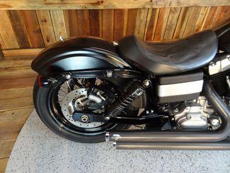2009 Harley-Davidson Dyna® Street Bob FXDB Anaheim, California 27