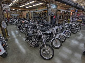 2009 Harley-Davidson Dyna® Street Bob FXDB Anaheim, California 41