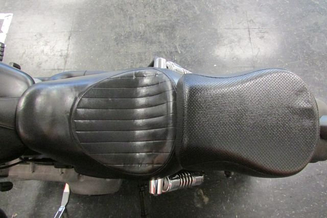 2009 Harley-Davidson Dyna Glide Street Bob™ Arlington, Texas 19
