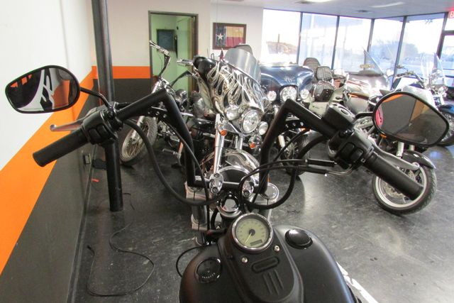 2009 Harley-Davidson Dyna Glide Street Bob™ Arlington, Texas 22