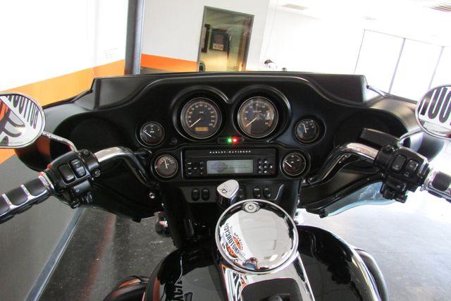 2009 Harley-Davidson Electra Glide® Ultra Classic® Arlington, Texas 27
