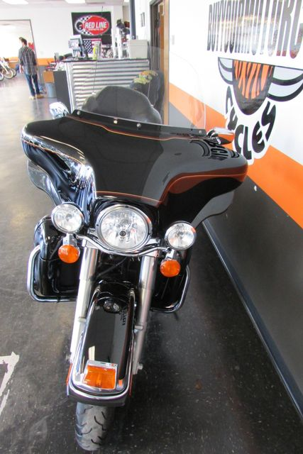 2009 Harley-Davidson Electra Glide® Ultra Classic® Arlington, Texas 4