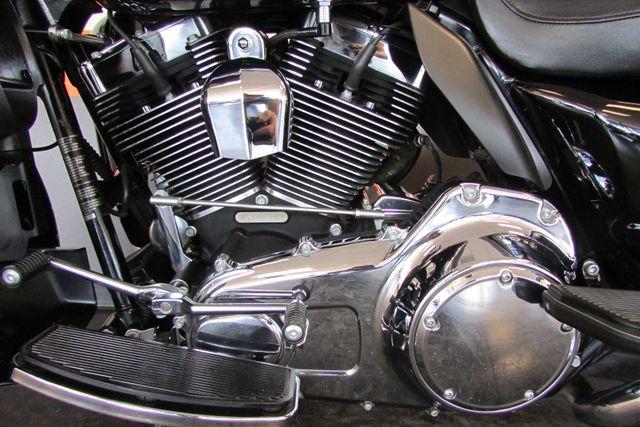 2009 Harley-Davidson Electra Glide® Ultra Classic® Arlington, Texas 43