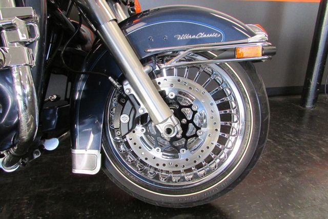 2009 Harley-Davidson Electra Glide® Ultra Classic® Arlington, Texas 7
