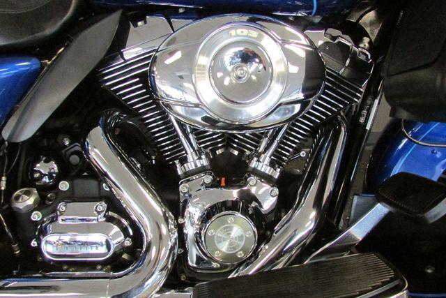 2009 Harley-Davidson Electra Glide® Ultra Classic® Arlington, Texas 18