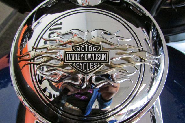 2009 Harley-Davidson Electra Glide® Ultra Classic® Arlington, Texas 29