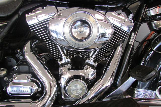 2009 Harley-Davidson Road King® FLHR Arlington, Texas 16