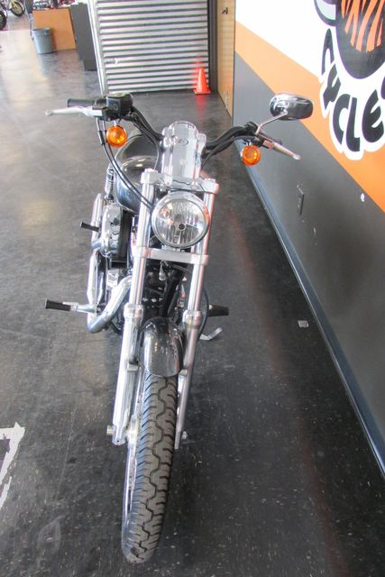2009 Harley-Davidson Sportster® 1200 Custom Arlington, Texas 4