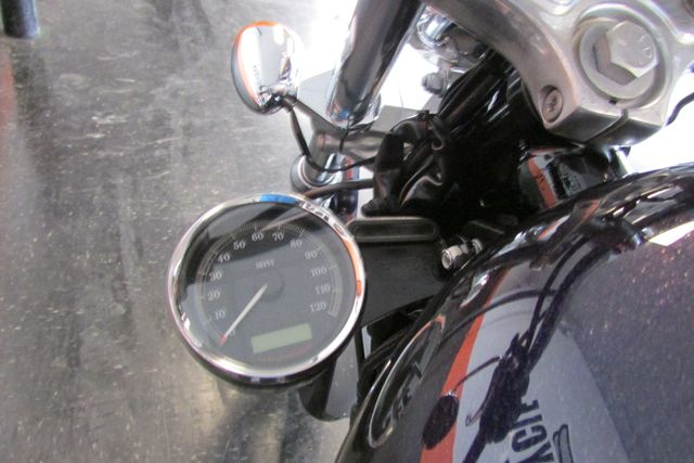 2009 Harley Davidson SPORTSTER CUSTOM XL1200C Arlington, Texas 24