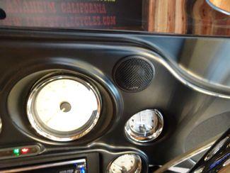 2009 Harley-Davidson Street Glide® Anaheim, California 16