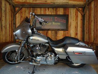2009 Harley-Davidson Street Glide® Anaheim, California 25