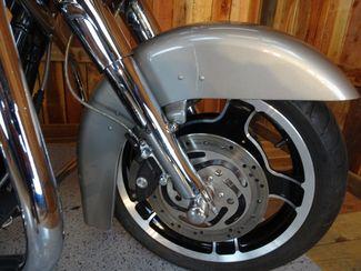 2009 Harley-Davidson Street Glide® Anaheim, California 19