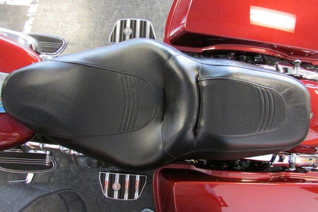 2009 Harley-Davidson Street Glide™ Base Arlington, Texas 26