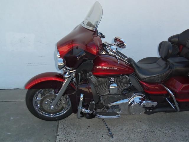 2009 Harley-Davidson Electra Glide® CVO™ Ultra Classic® Daytona Beach, FL 10