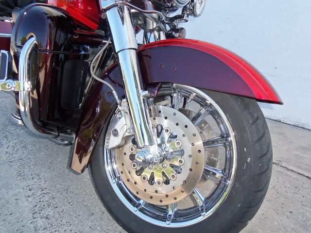 2009 Harley-Davidson Electra Glide® CVO™ Ultra Classic® Daytona Beach, FL 29