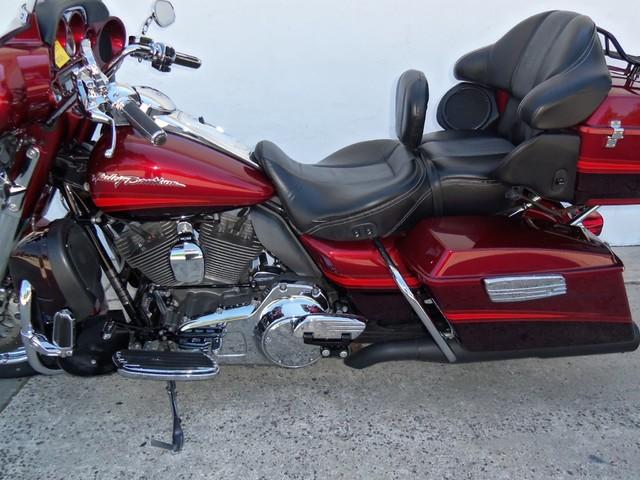 2009 Harley-Davidson Electra Glide® CVO™ Ultra Classic® Daytona Beach, FL 11