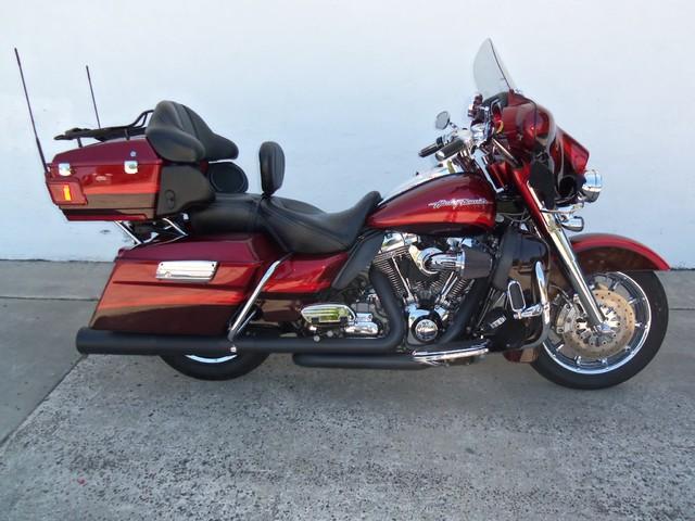 2009 Harley-Davidson Electra Glide® CVO™ Ultra Classic® Daytona Beach, FL 2