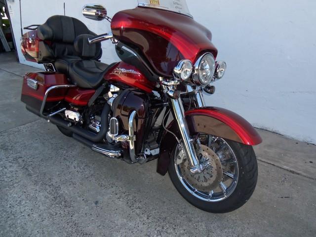 2009 Harley-Davidson Electra Glide® CVO™ Ultra Classic® Daytona Beach, FL 13