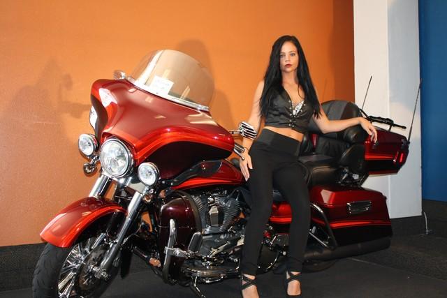 2009 Harley-Davidson Electra Glide® CVO™ Ultra Classic® Daytona Beach, FL 3