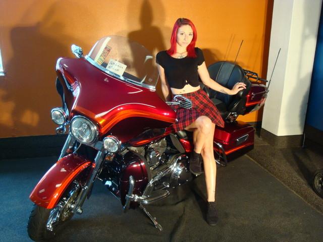 2009 Harley-Davidson Electra Glide® CVO™ Ultra Classic® Daytona Beach, FL 1