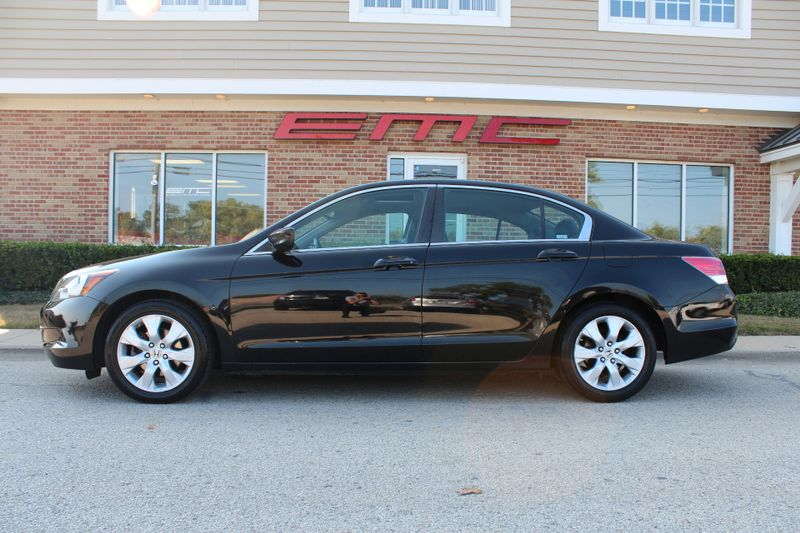 2009 Honda Accord EX-L  Lake Bluff IL  Executive Motor Carz  in Lake Bluff, IL