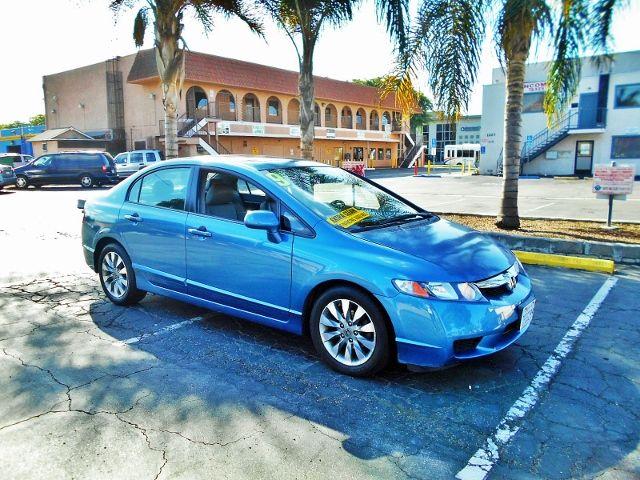2009 Honda Civic EX-L Limited warranty included to assure your worry-free purchase AutoCheck repo
