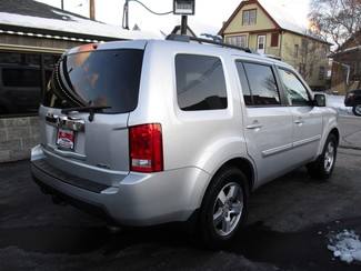 2009 Honda Pilot EX Milwaukee, Wisconsin 3