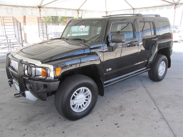 2009 HUMMER H3 SUV Please call or e-mail to check availability All of our vehicles are availabl