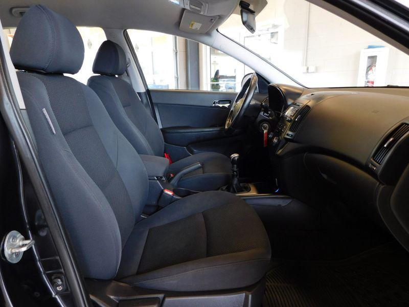 2009 Hyundai Elantra Touring  city TN  Doug Justus Auto Center Inc  in Airport Motor Mile ( Metro Knoxville ), TN