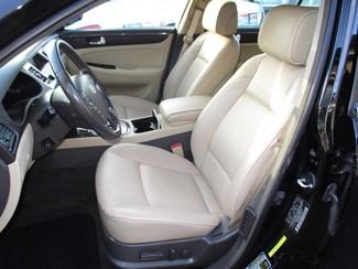 2009 Hyundai Genesis Milwaukee, Wisconsin 7