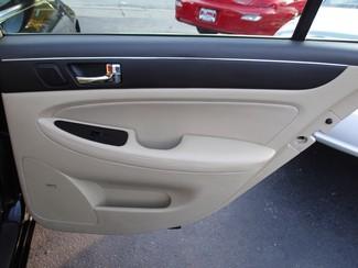 2009 Hyundai Genesis Milwaukee, Wisconsin 17