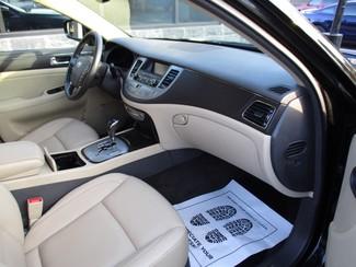 2009 Hyundai Genesis Milwaukee, Wisconsin 18