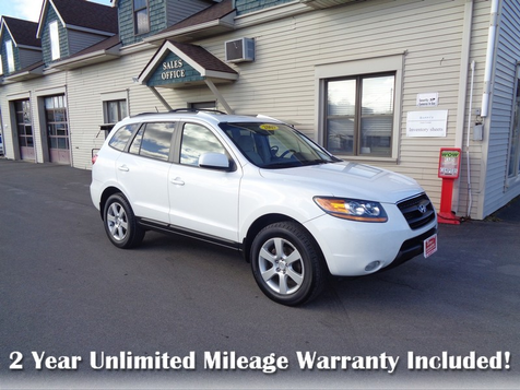 2009 Hyundai Santa Fe SE in Brockport