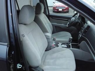2009 Hyundai Santa Fe GLS East Haven, CT 7